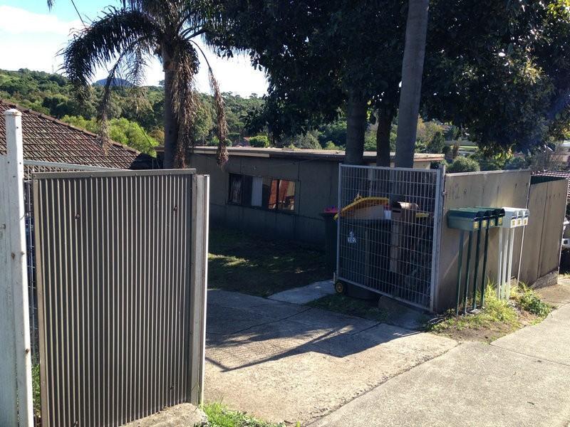 142 Lake Avenue, Cringila NSW 2502