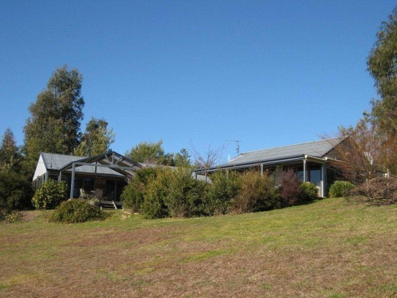 213 Waterfall Farm Road, Khancoban NSW 2642