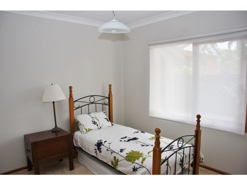 71 Violet Street, Bathurst NSW 2795