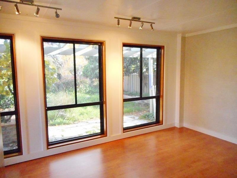 11 Napier Street, Bathurst NSW 2795