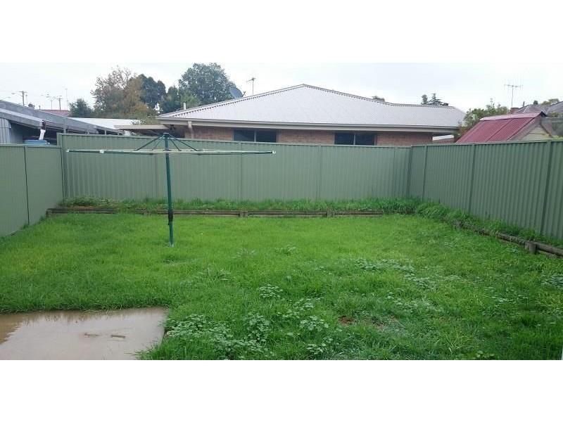 254 Rocket Street, Bathurst NSW 2795