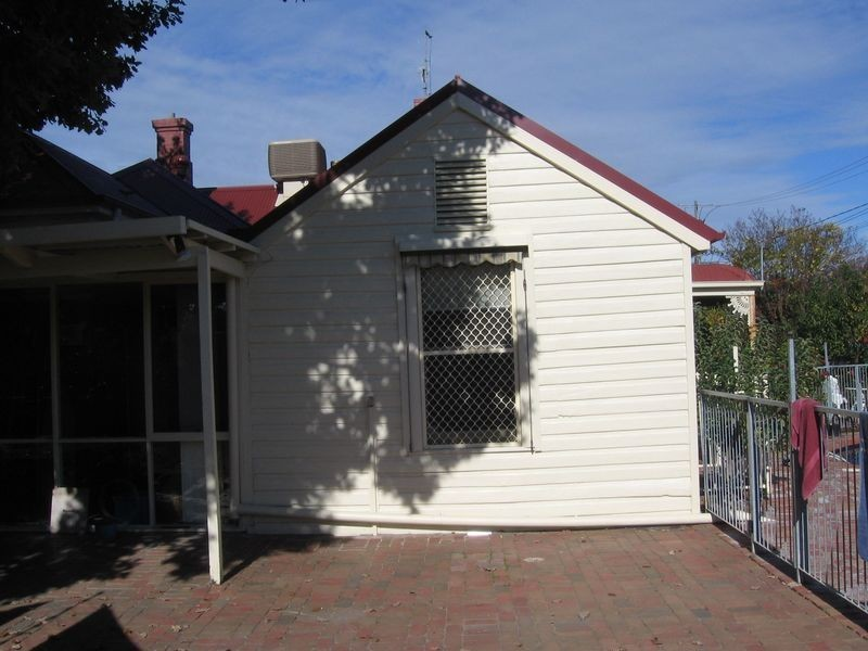 354 Tribune Street, Albury NSW 2640