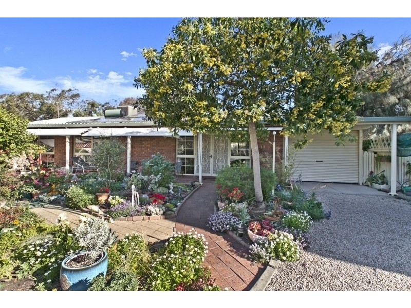 24 Symonds Street, Aldinga Beach SA 5173