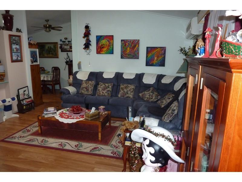 44 Second Avenue Broadlands Estate, Green Point NSW 2251
