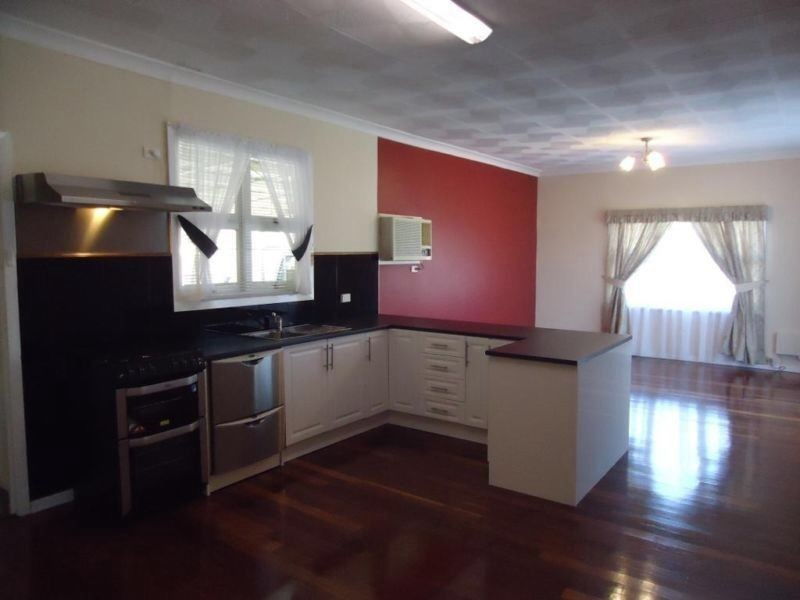 257 First Street, Wonthella WA 6530