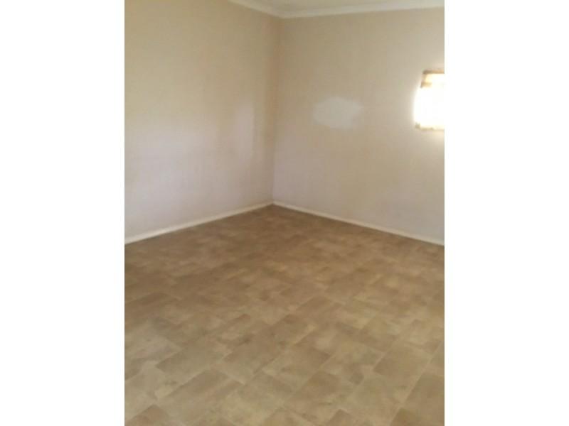 257 First Street, Wonthella WA 6530