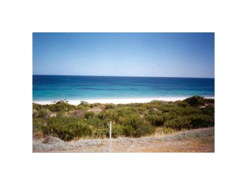 9 Bay Crescent, Peppermint Grove Beach WA 6271