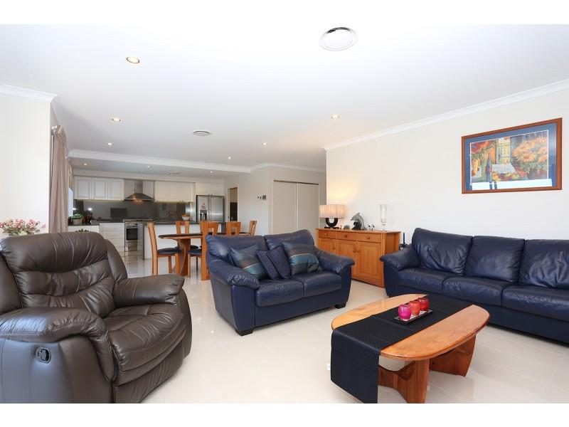65 Waterway Drive, Birtinya QLD 4575
