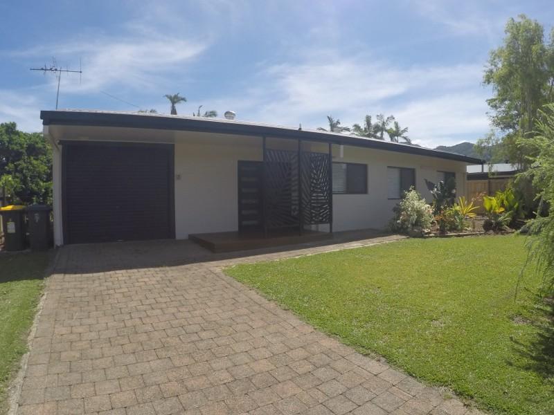 5 Grevillea Street, Mooroobool QLD 4870