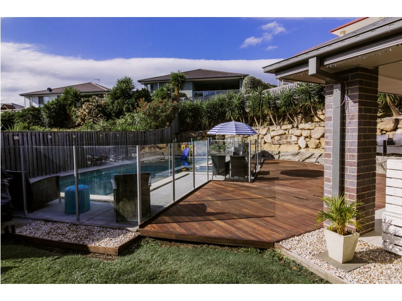 10 Barcoo Street, Pacific Pines QLD 4211