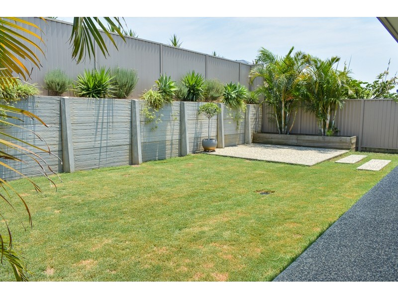 53 Unwin Road, Redland Bay QLD 4165