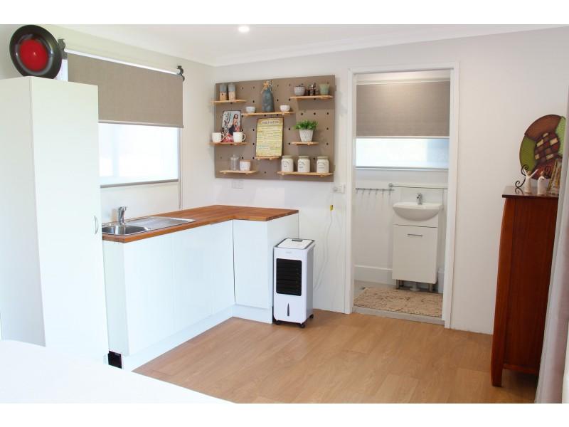 9 Koradji Avenue, Lake Munmorah NSW 2259