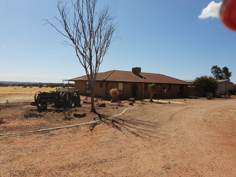 104 Scenic Drive, Napperby SA 5540