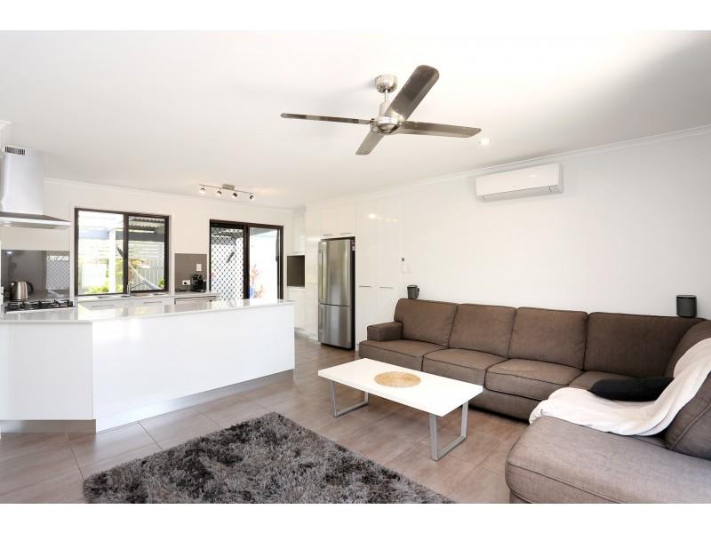 636 David Low Way, Pacific Paradise QLD 4564