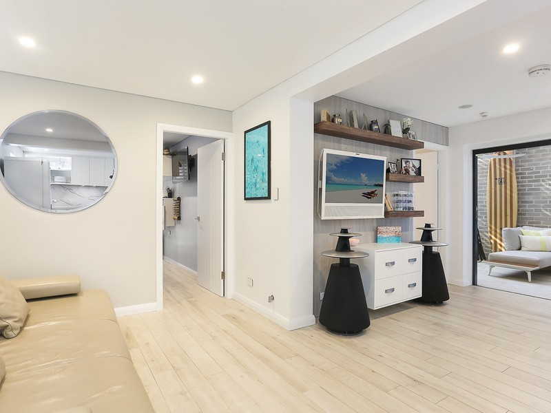 1/25 Wallis Parade, North Bondi NSW 2026
