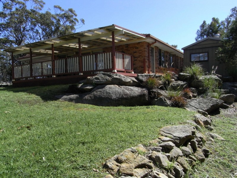 11 Grandview Parade, Hill Top NSW 2575