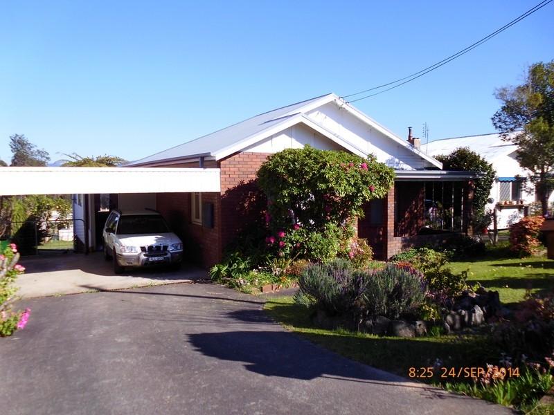 36 Bent St, Batemans Bay NSW 2536