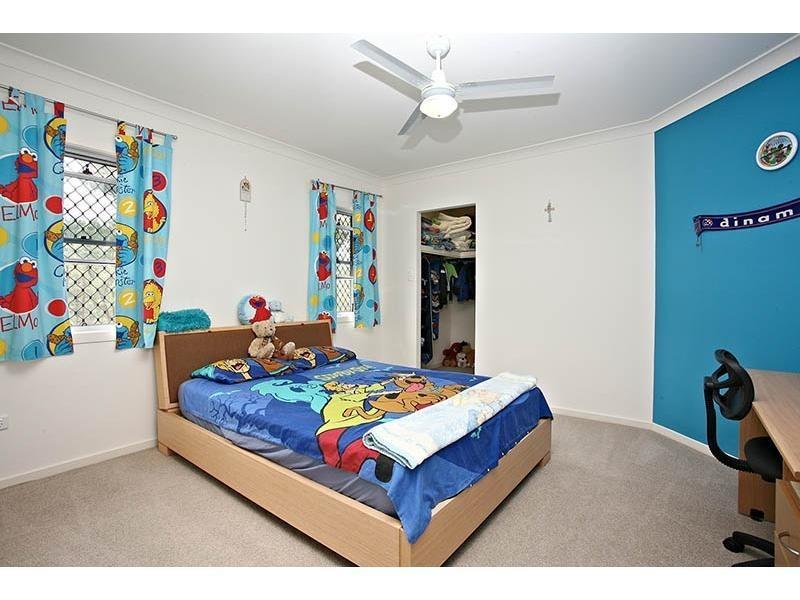 2,13 Mackenzie Street, Coomera QLD 4209