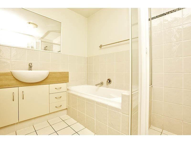 43/24 Slatyer Avenue, Bundall QLD 4217