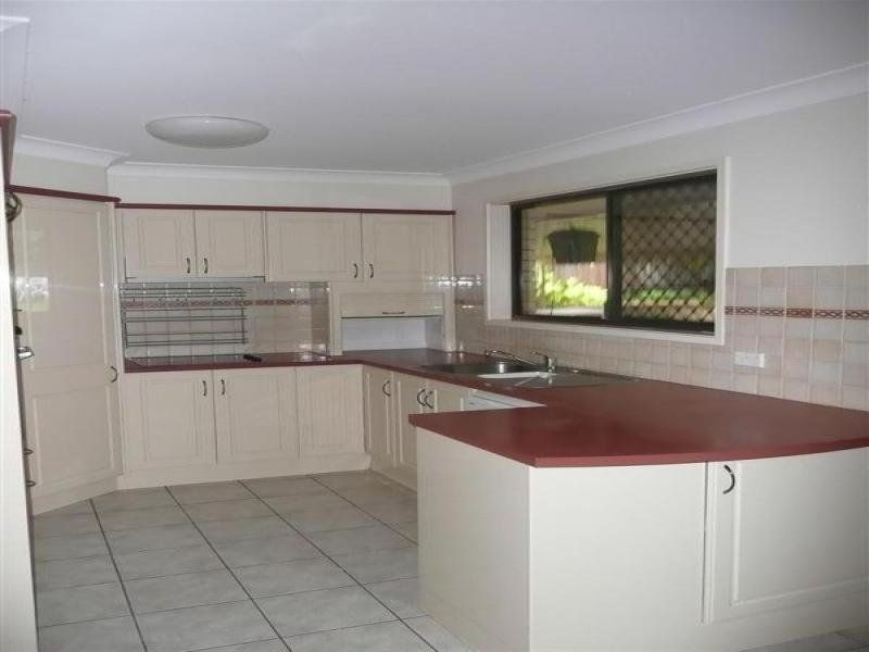 49 Yangoora Crescent, Ashmore QLD 4214
