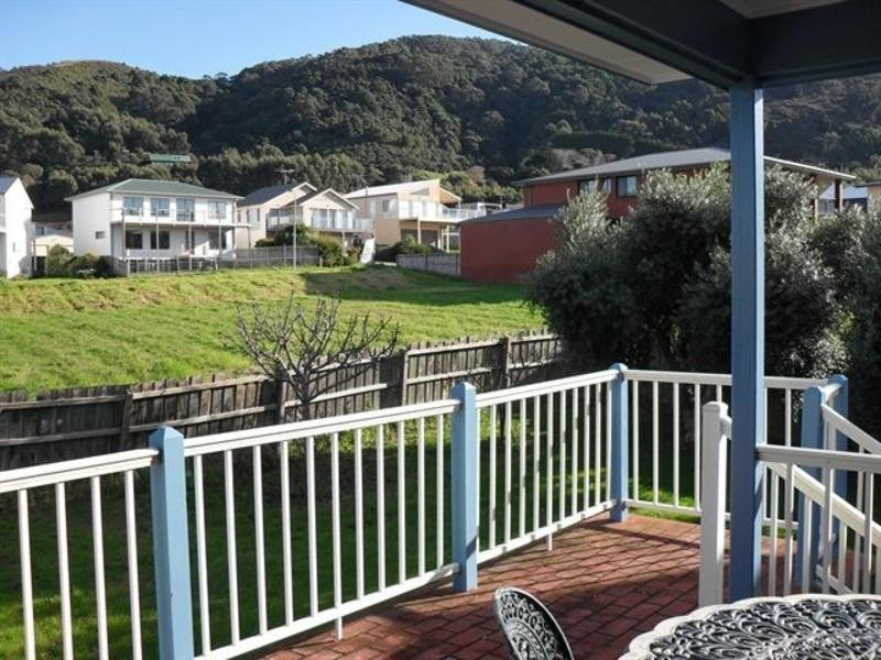19 Campbell Court, Apollo Bay VIC 3233