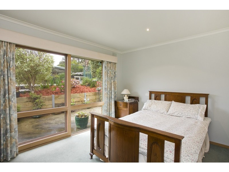 12 Brent Avenue, Aireys Inlet VIC 3231