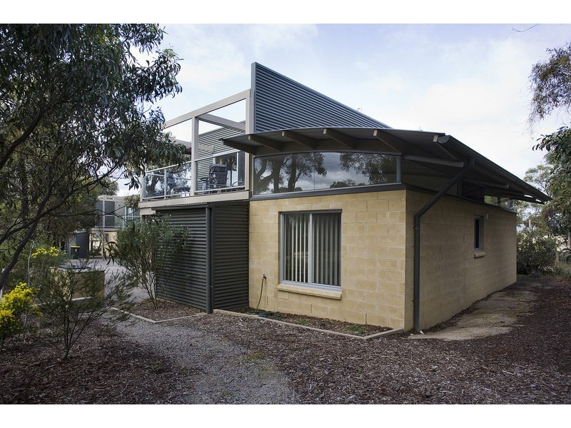19 Aireys Street, Aireys Inlet VIC 3231