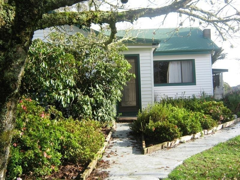 846 Forrest Apollo Bay Road, Barramunga VIC 3249