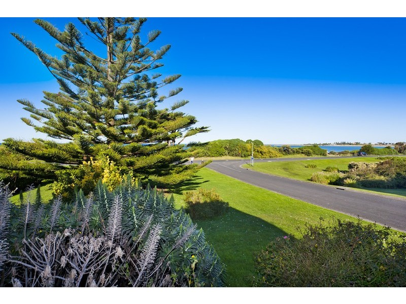 243 Great Ocean Road, Apollo Bay VIC 3233