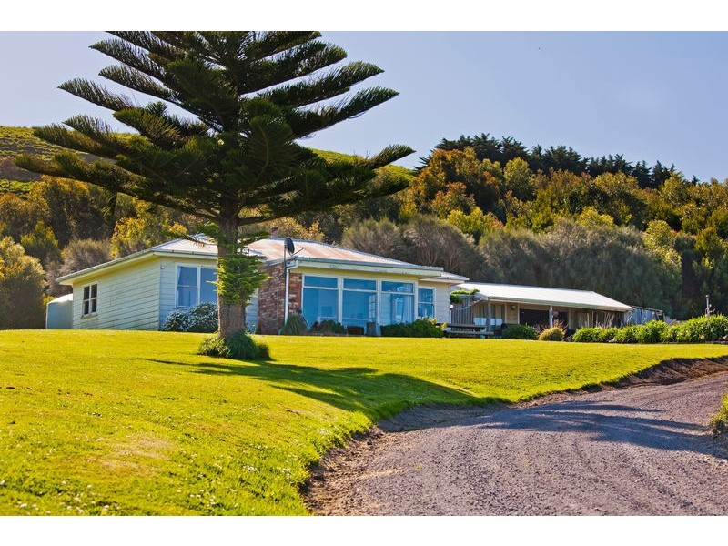 300 Montrose Avenue, Apollo Bay VIC 3233