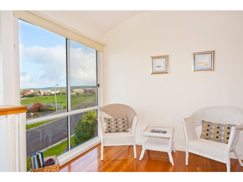 1 Nigel Court, Apollo Bay VIC 3233