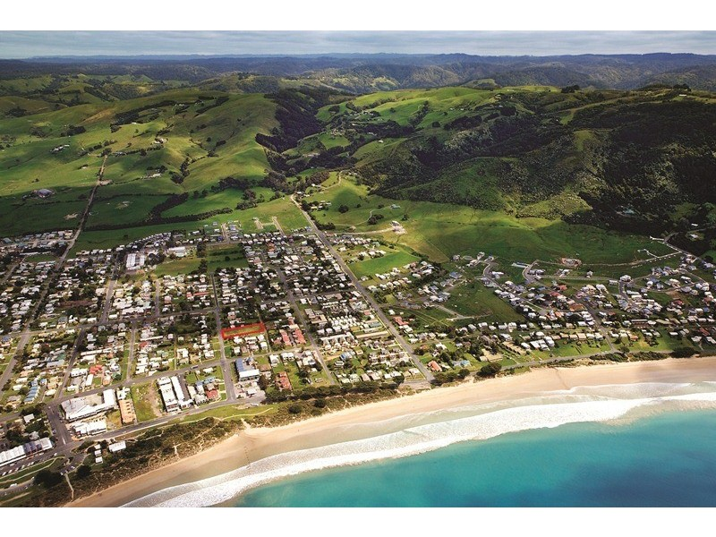 16 Thomson Street, Apollo Bay VIC 3233