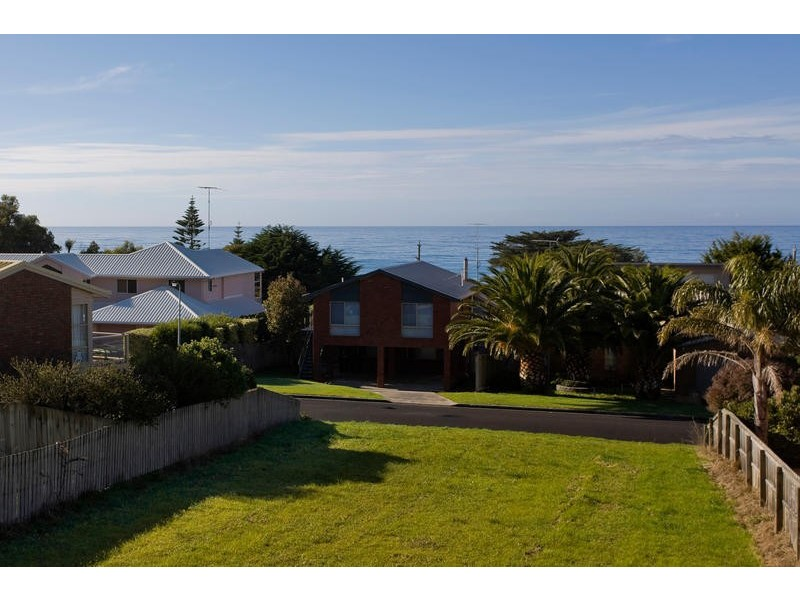 2/11 Marriners Lookout Road, Apollo Bay VIC 3233