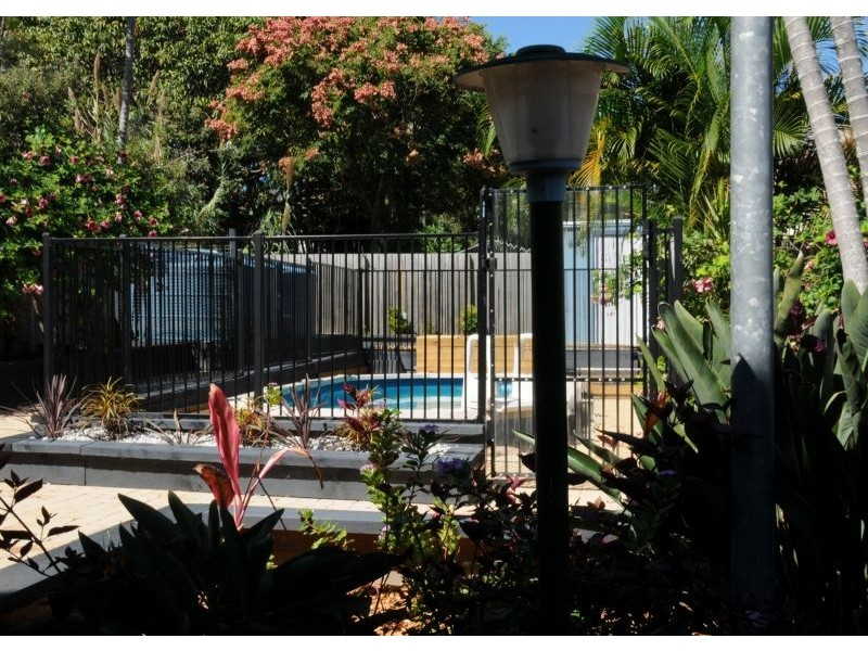 10 Signal Row, Shorncliffe QLD 4017