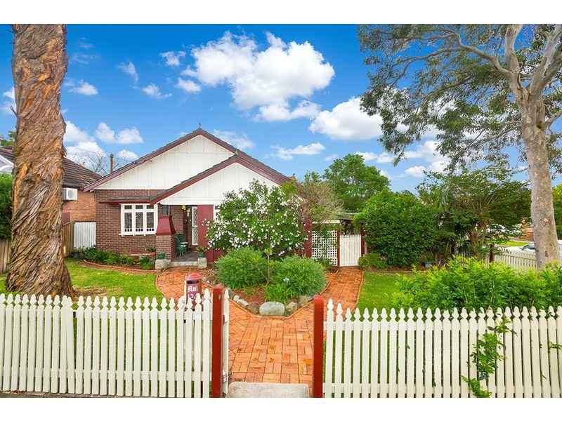 124 Hampden Road, Abbotsford NSW 2046