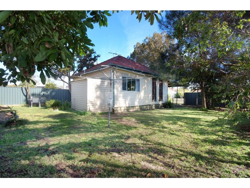 38 Garrett Street, Carrington NSW 2294