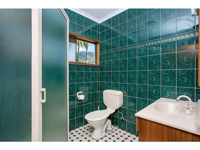 13 Dunbar Street, Mooroobool QLD 4870
