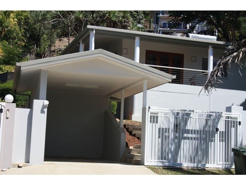 19B Minerva Avenue, Mooroobool QLD 4870