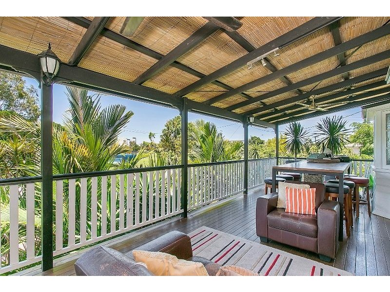 11 Lily Street (also known as 113 Digger Street, Cairns North QLD 4870