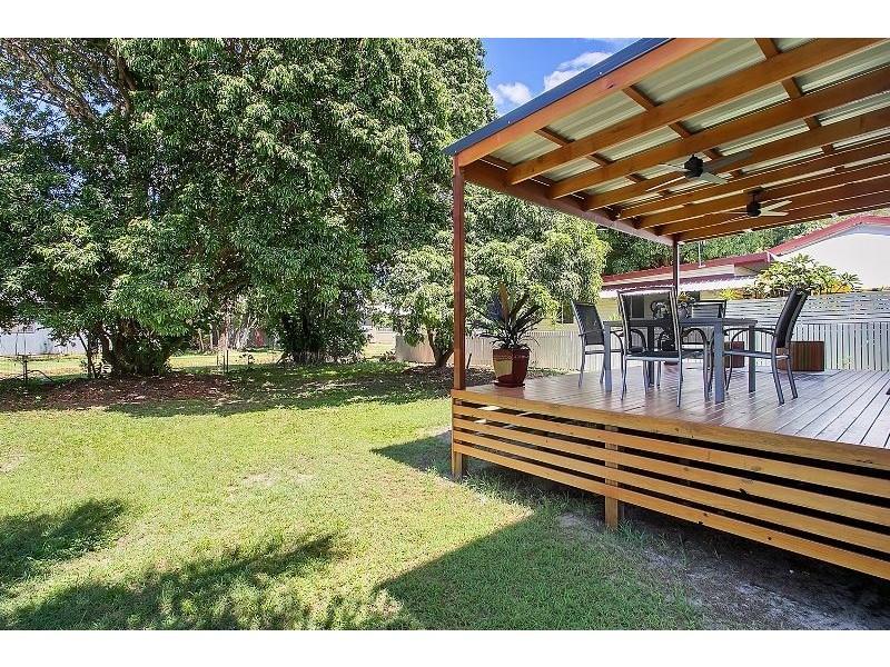 33 Dunn Street, Cairns North QLD 4870