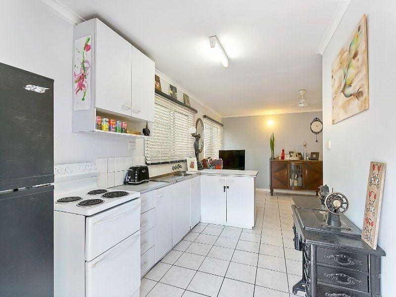 10/284 Lake Street, Cairns North QLD 4870