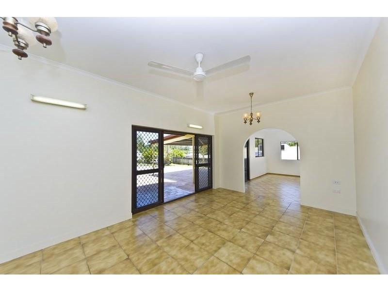 3 Brett Street, Mooroobool QLD 4870