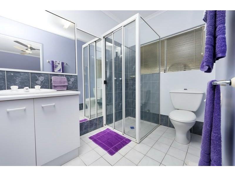 1 Wedelia Court, Mooroobool QLD 4870