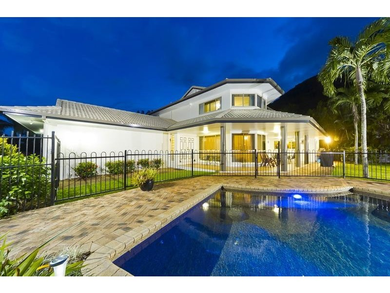 43 Southerden Drive, Mooroobool QLD 4870