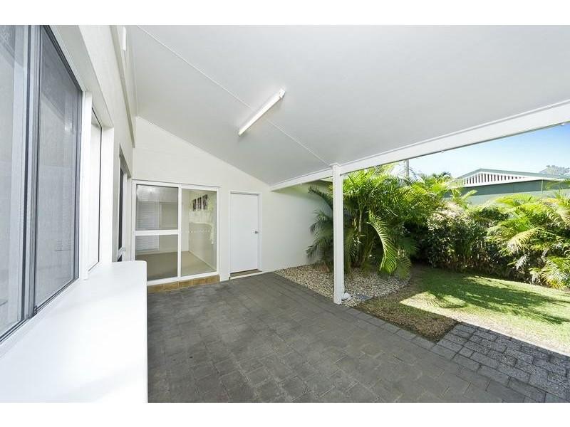 26 Strathmore Court, Mooroobool QLD 4870