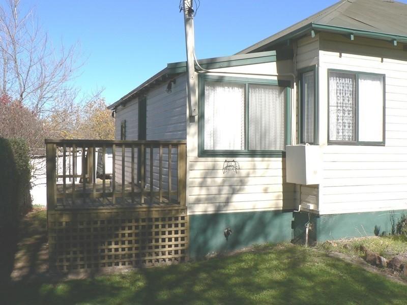 10 Druitt Street, Adaminaby NSW 2629