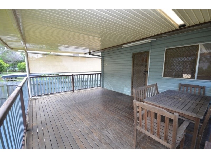 12 Grout St, Macgregor QLD 4109