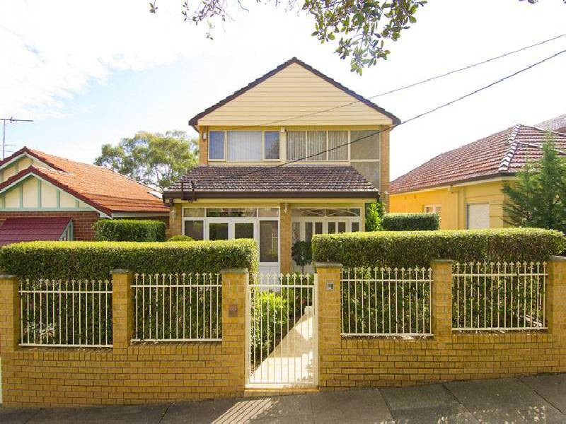 Fitzroy Street, Abbotsford NSW 2046