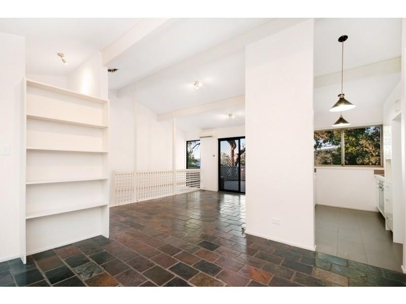 29 Sandstone Crescent, Tascott NSW 2250