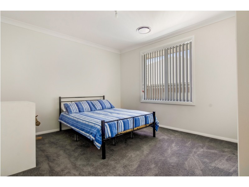 85 Kearneys Drive, Orange NSW 2800